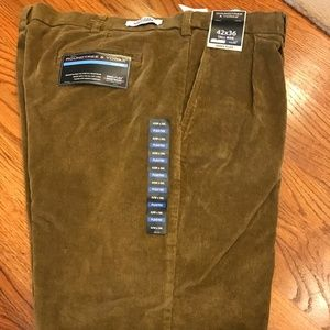 Men's Brown Corduroy Pleated Pants Size 42x36 NEW